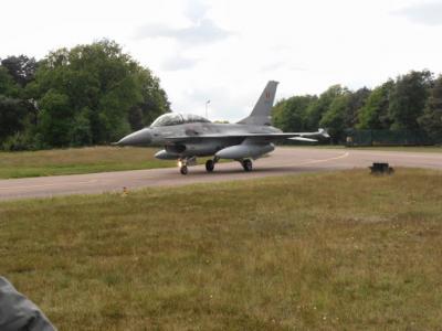 F16 vertrekt
