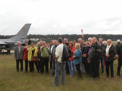 groep bij vertrek F16